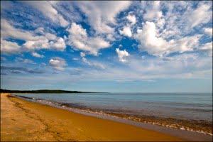 lake-superior-provincial-park-beach-ontario