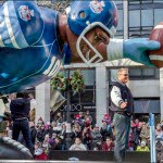santa-claus-parade-100th-grey-cup-float-don-moen