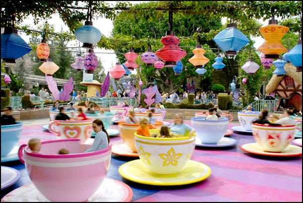 disneyland-california-mad-tea-party