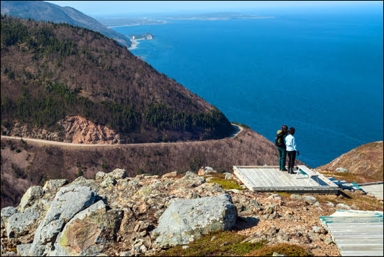 Cape-Breton-skyline-trail-featured