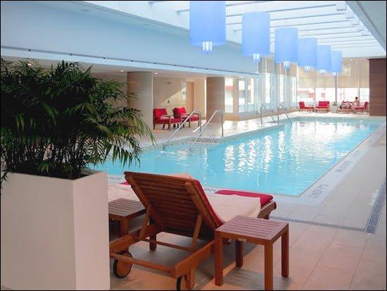Pool-Shangri-La-Toronto