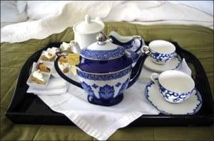 tea-service-doctors-inn-spa-newfoundland