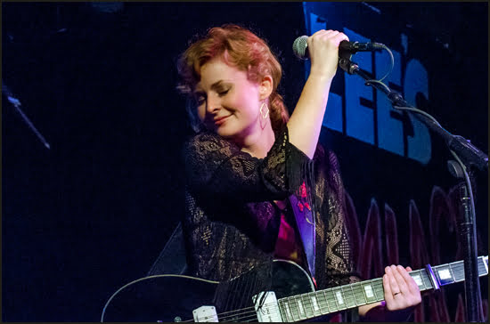 Jenn Grant performing at Lee's Palace in Toronto on Saturday, September 21. (Julia Pelish/Vacay.ca)