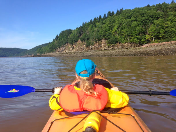 kayaking-with-kids-bay-of-fundy-new-brunswick