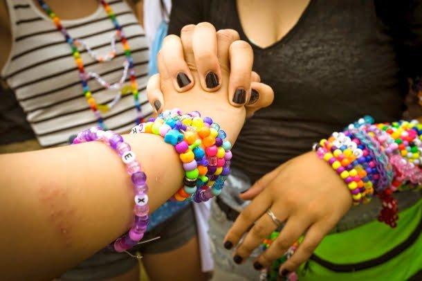 veld-music-festival-bracelets