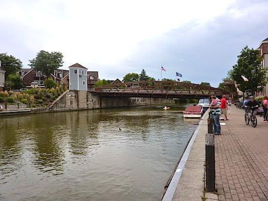 erie-canal-locks