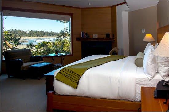wickaninnish inn bedroom