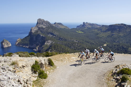 mallorca-spain-mediterranean-sea-bike-tour