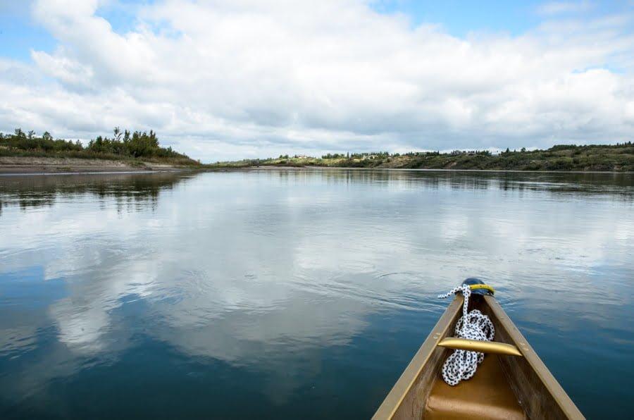 canoe-south-saskatchewan-river-saskatoon