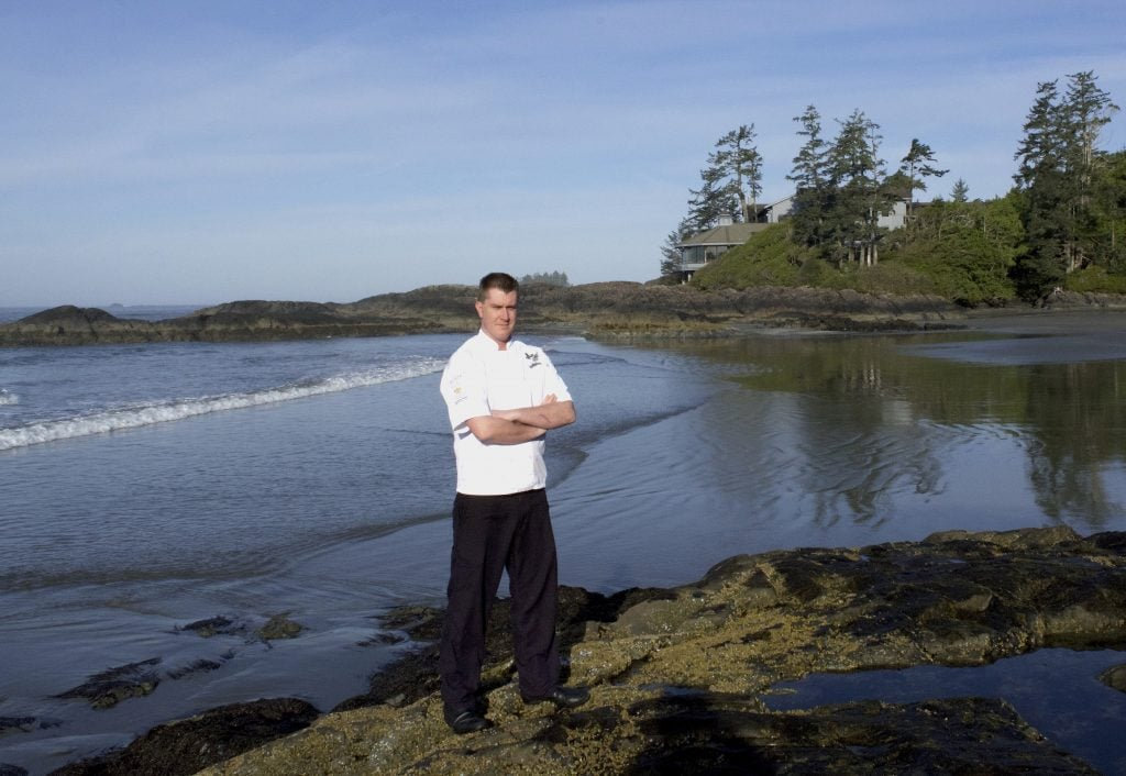 chef-warren-barr-in-front-of-the-pointe-restaurant
