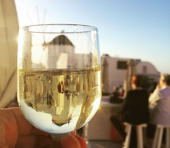 santorini-wine-glass-sun-spirit