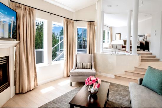 villa-eyrie-master-suite