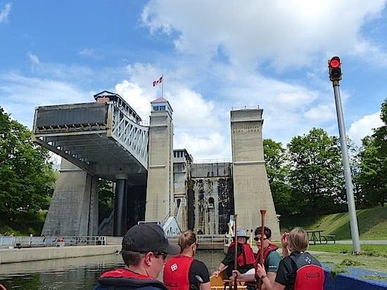 canoe-peterborough-lift-lock