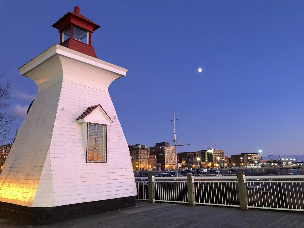 saint-john-lighthouse