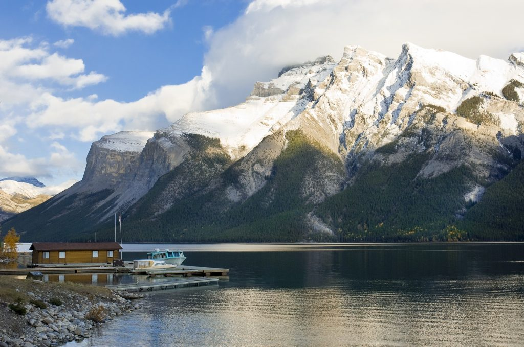 banff-lake-minnewanka