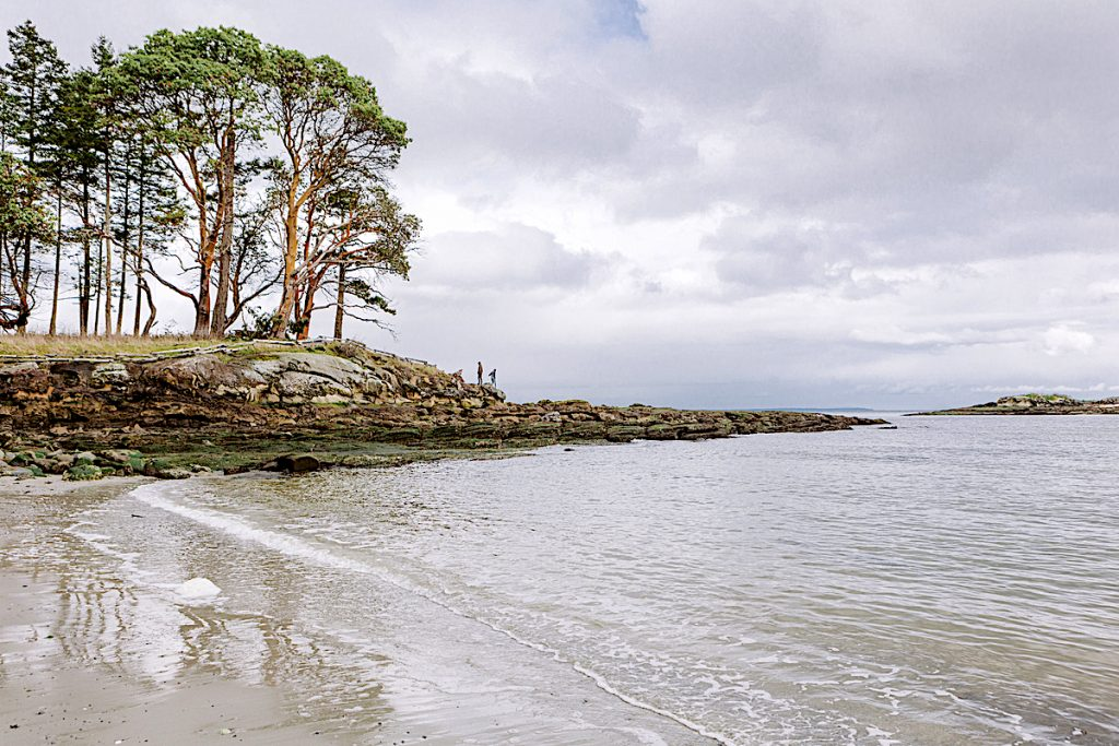 galiano-island-shoreline-Ben Giesbrecht