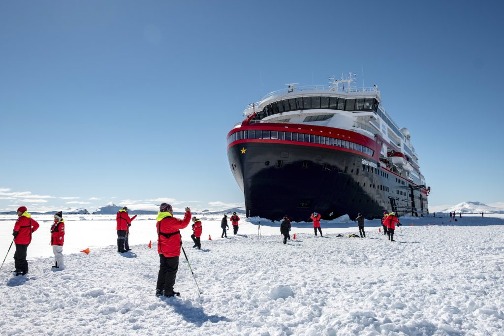 Hurtigruten-roald-amundsen-Andrea_Klaussner