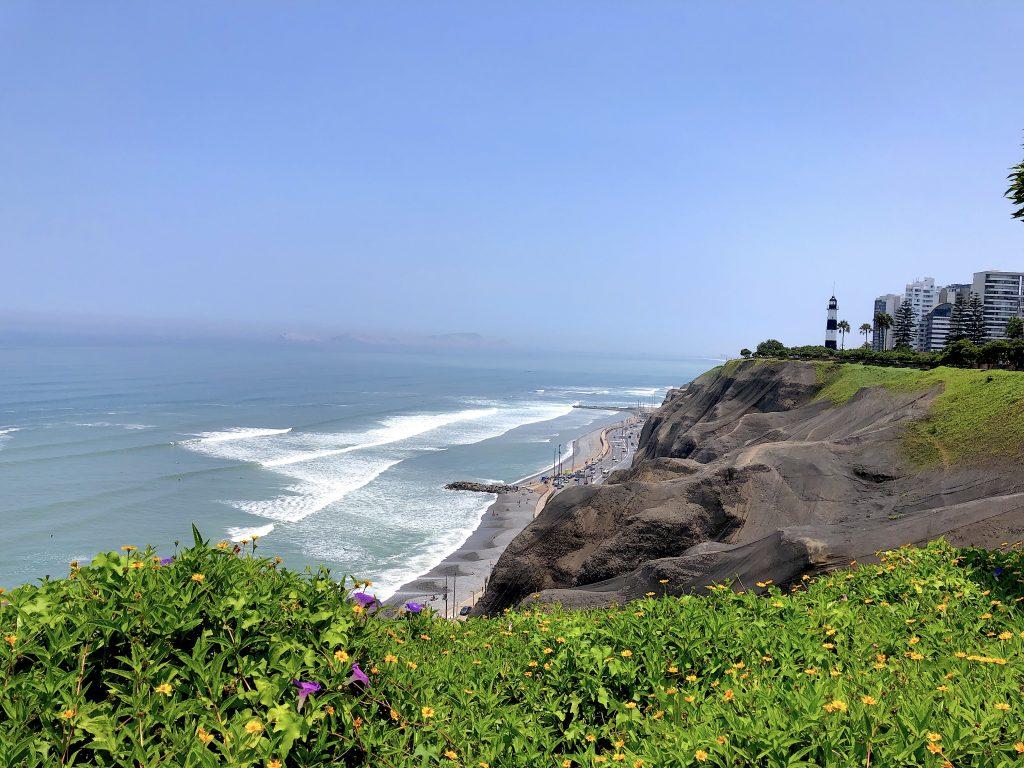 peru-miraflores-lima-coastline