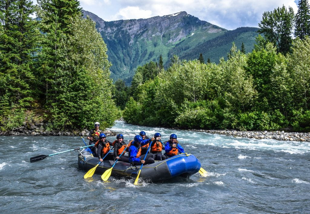 Revelstoke-whitewater-rafting-british-columbia