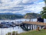 Marina-Ferry-dock-Heriot-Bay-Inn-quadra-island