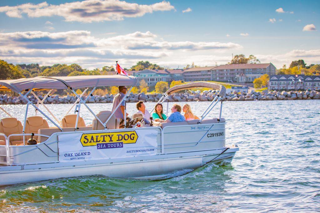 salty-dog-tours-oak-island-ns