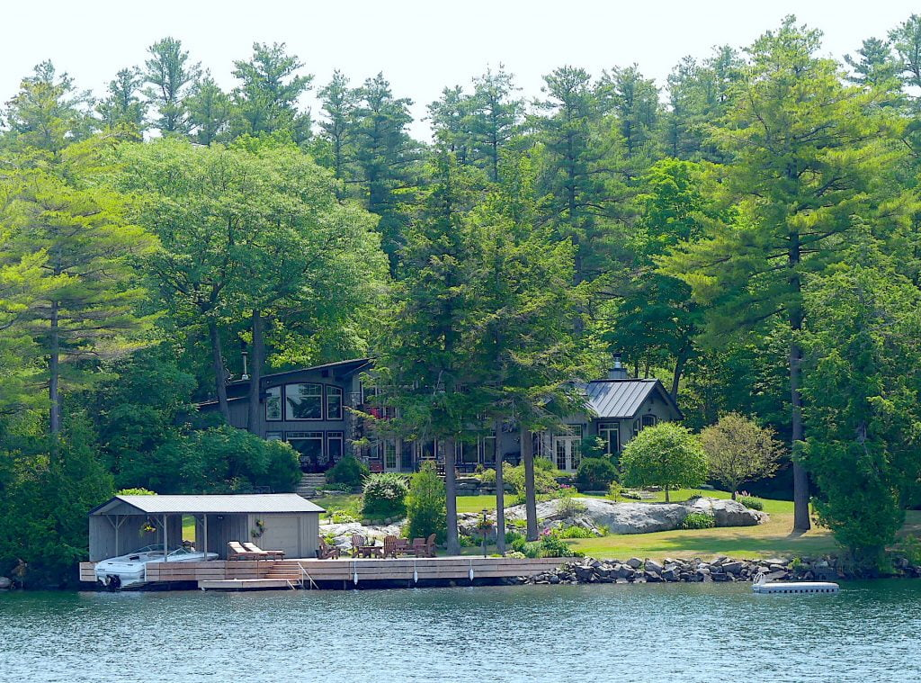 le-boat-cottages-ontario