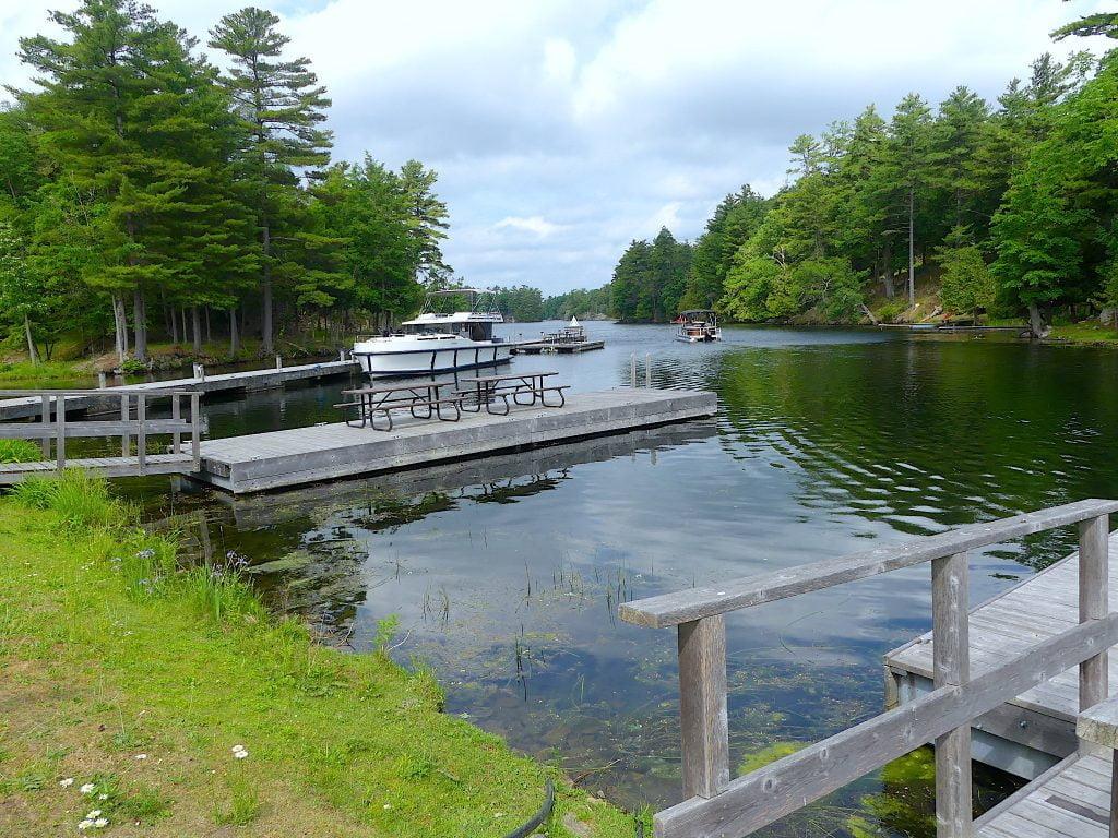 le-boat-docking-spot