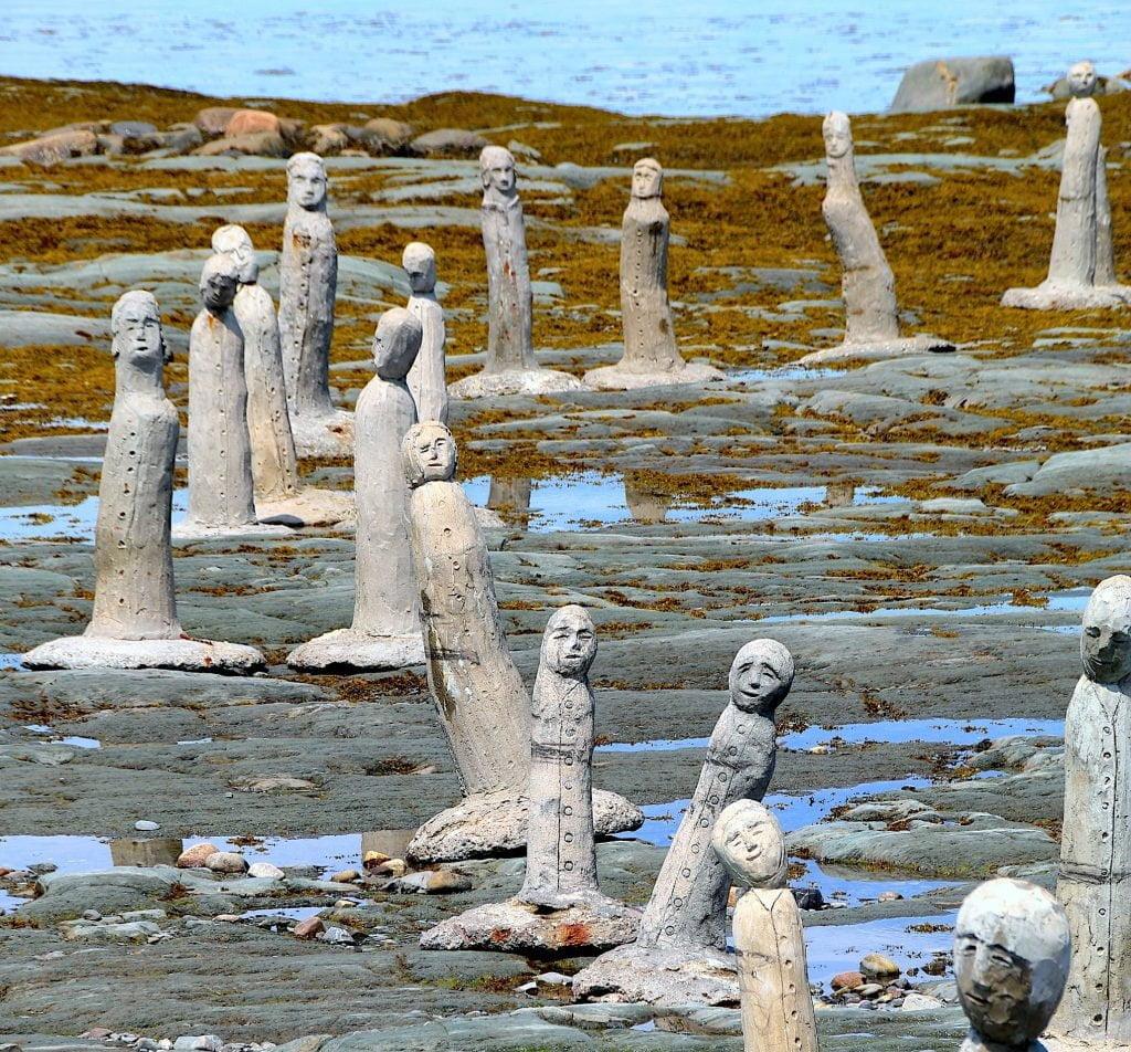 sainte-flavie-statues-quebec
