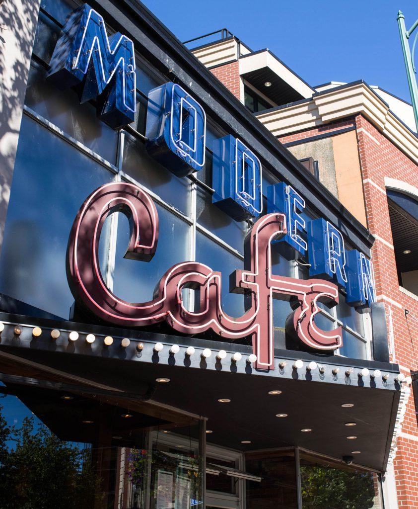 modern-cafe-sign-nanaimo