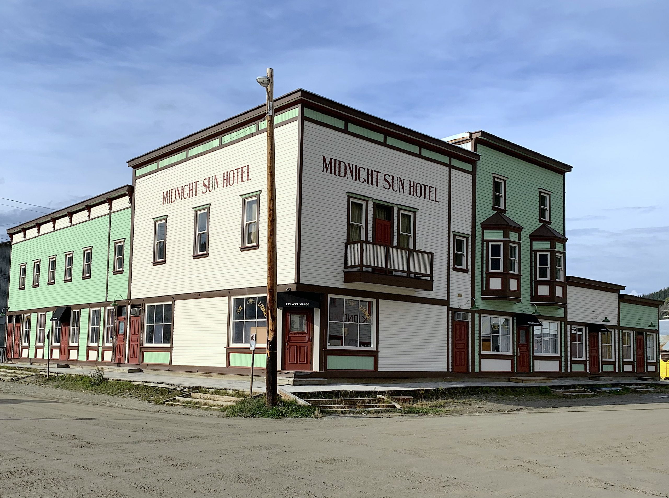 The Midnight Sun Hotel Dawson City