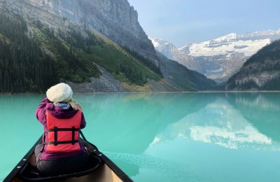 canoeing lake louise laroye