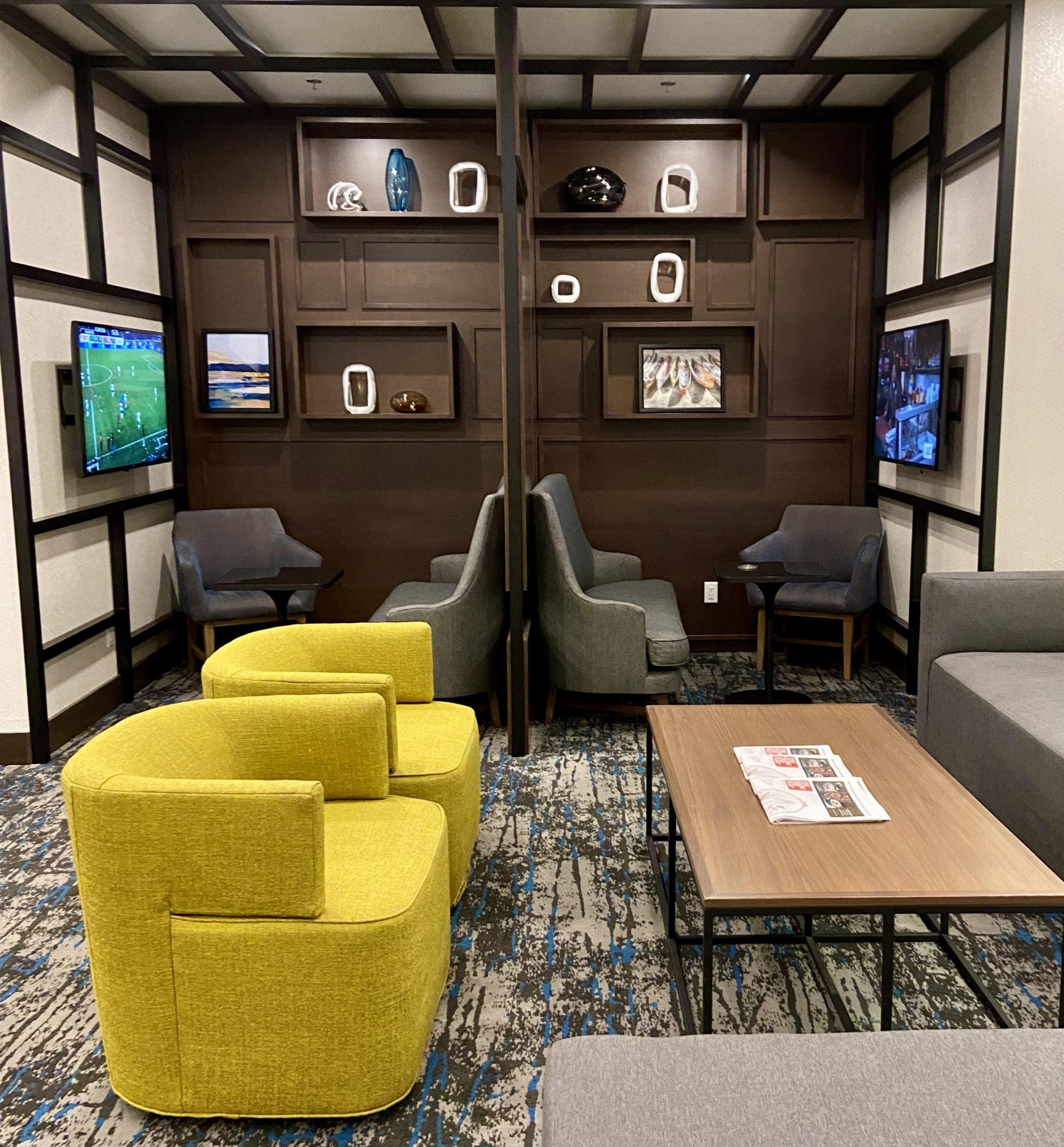hyatt-place-kelowna-lobby