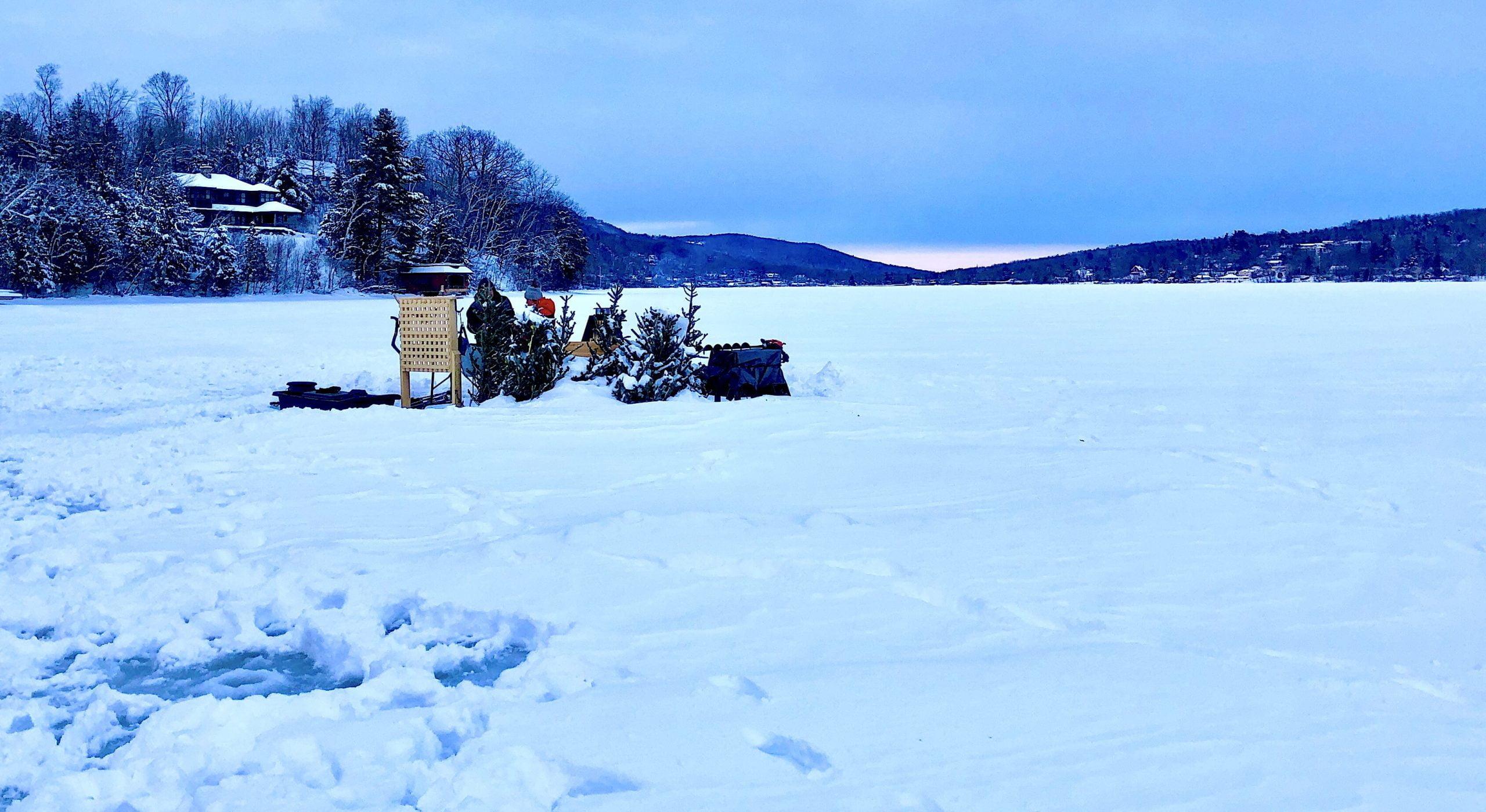 manoir-hovey-lake-massawippi-ice-fishing-scene