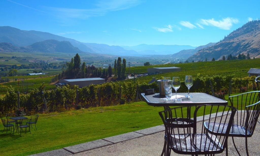 road-13-vineyards-seated-tastings-patio