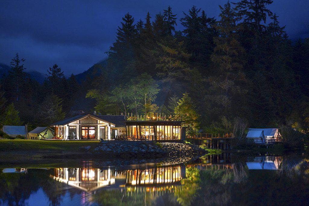 Clayoquot-wilderness-Lodge Exterior_night