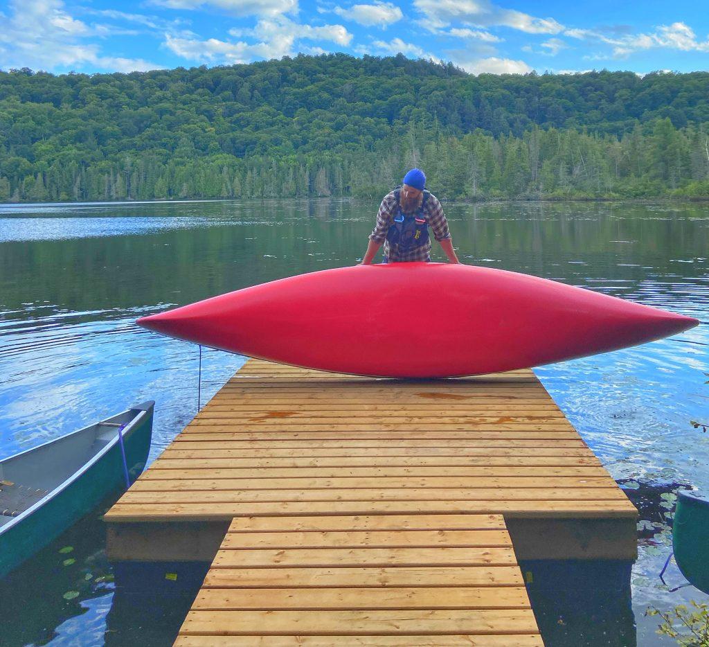 canoe-hollow-lake-winterdance-ontario
