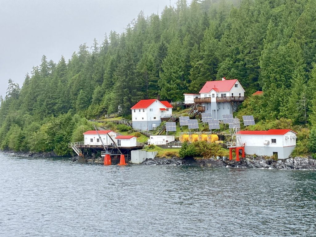 Ivory-Island-Lighthouse-RobbPoint-bc-ferries