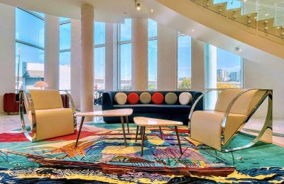 Lobby - Versante Hotel Vancouver Airport